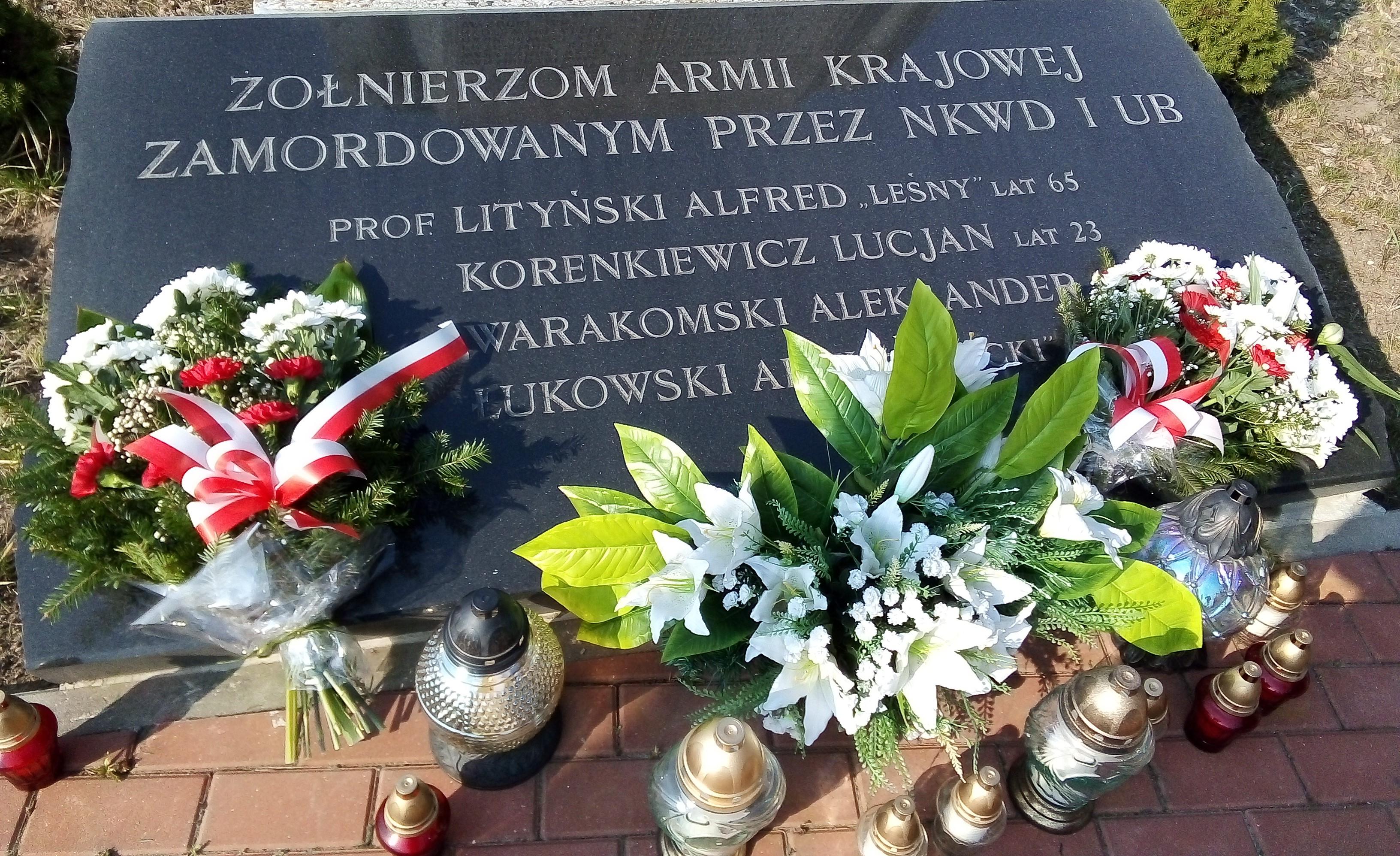 W hołdzie żołnierzom Armii Krajowej zamordowanym przez NKWD i SB